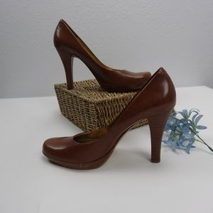 Guess Julia women's shoes high heel leather Sz 9.5